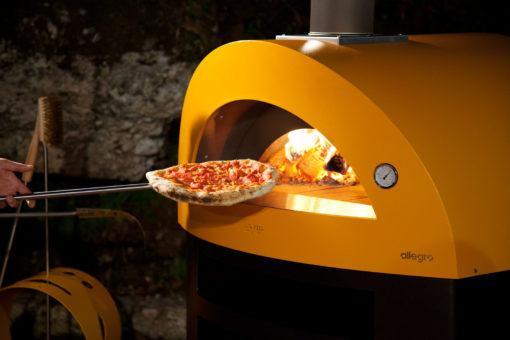 Pizza-ja-grillahi-Allegro